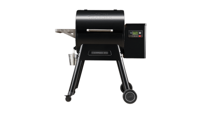 Traeger - Ironwood D2 650 Pellet BBQ  - Free Cover & 2 x Bag of Pellets