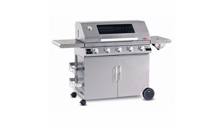BeefEater Discovery Plus 1100S 5 Burner Gas BBQ